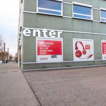 Communication Center in Biel mit der Bielertagblatt-Kampagne